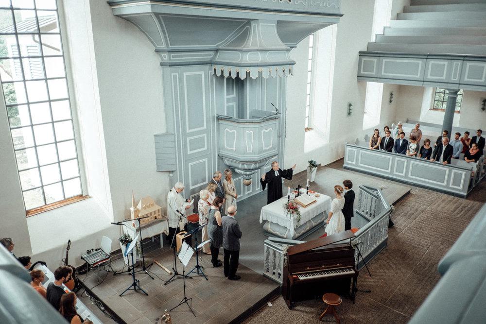 Trauung in der evangelischen Kirche in Burbach