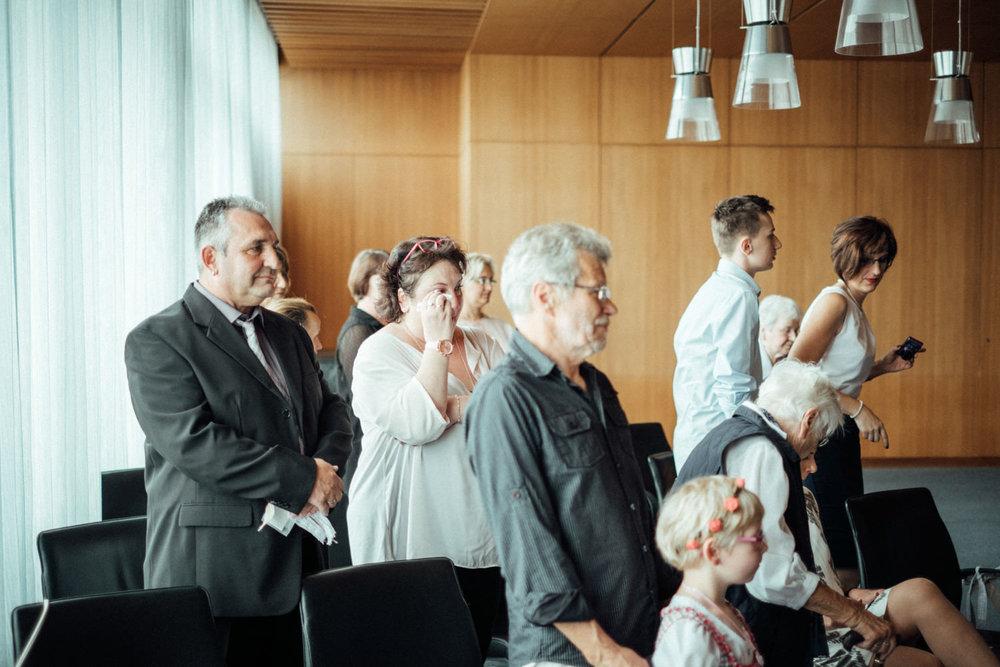 Hochzeitsfoto-Hochzeitsreportage-Neustadt bei Coburg-Oberfranken-Bayern-Hochzeitsfotograf-Kevin Biberbach-KEVIN Fotografie-Fujifilm-Hochzeitswahn-018.jpg
