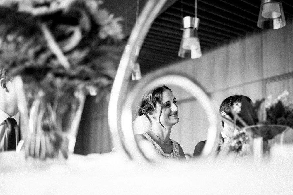 Hochzeitsfoto-Hochzeitsreportage-Neustadt bei Coburg-Oberfranken-Bayern-Hochzeitsfotograf-Kevin Biberbach-KEVIN Fotografie-Fujifilm-Hochzeitswahn-022.jpg