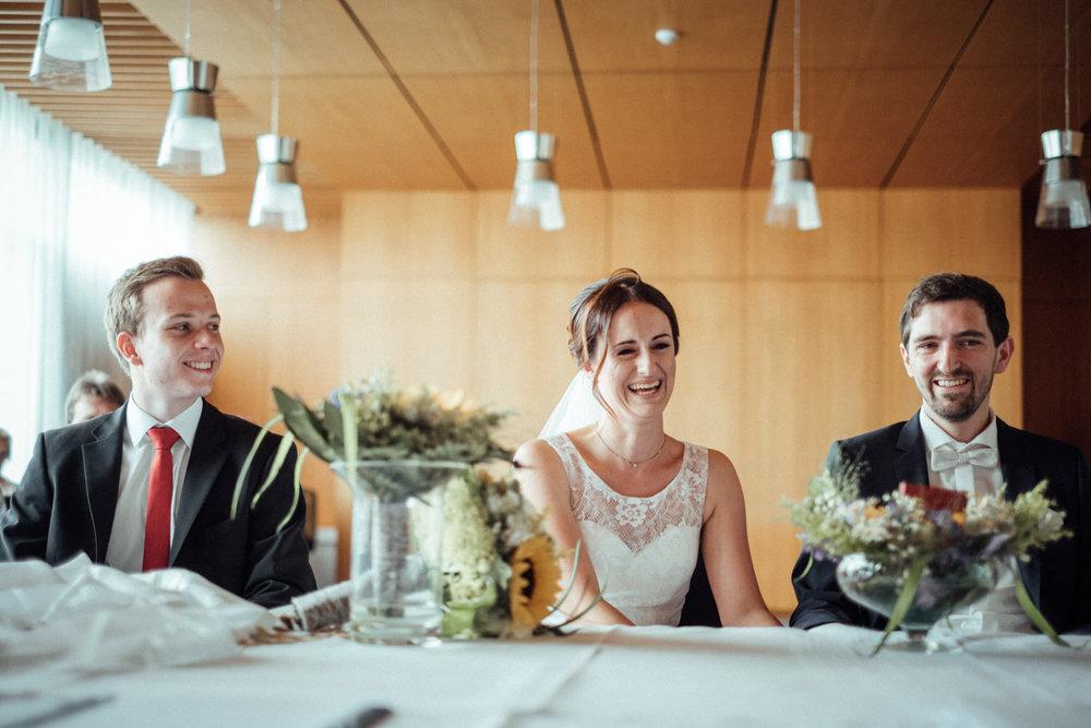 Hochzeitsfoto-Hochzeitsreportage-Neustadt bei Coburg-Oberfranken-Bayern-Hochzeitsfotograf-Kevin Biberbach-KEVIN Fotografie-Fujifilm-Hochzeitswahn-023.jpg