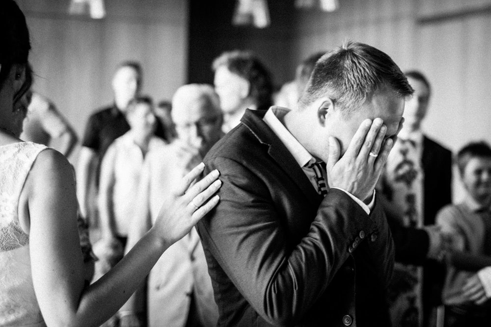 Hochzeitsfoto-Hochzeitsreportage-Neustadt bei Coburg-Oberfranken-Bayern-Hochzeitsfotograf-Kevin Biberbach-KEVIN Fotografie-Fujifilm-Hochzeitswahn-036.jpg