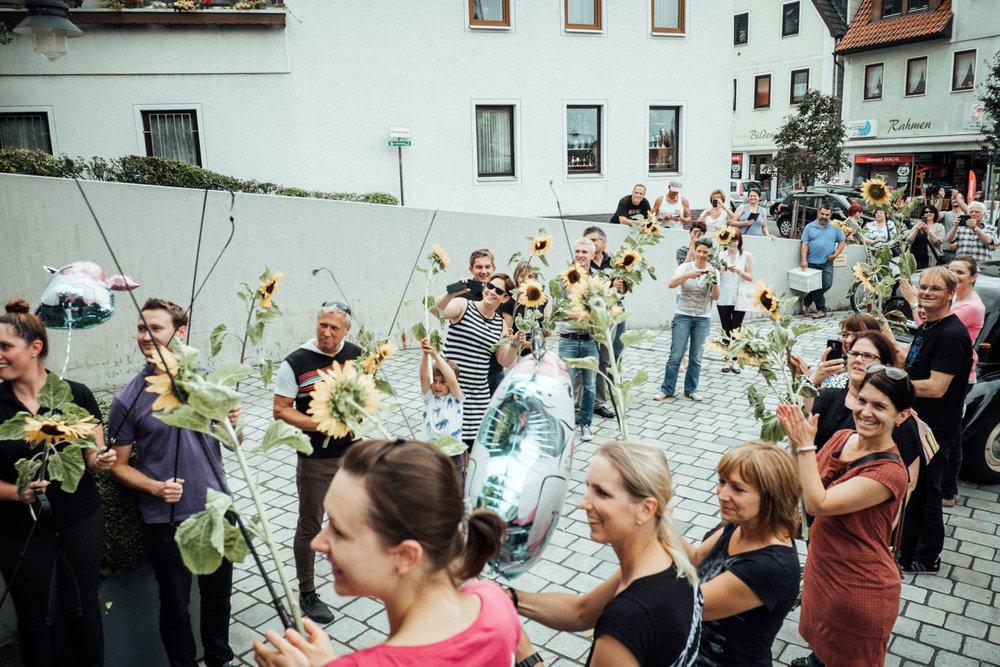 Hochzeitsfoto-Hochzeitsreportage-Neustadt bei Coburg-Oberfranken-Bayern-Hochzeitsfotograf-Kevin Biberbach-KEVIN Fotografie-Fujifilm-Hochzeitswahn-040.jpg
