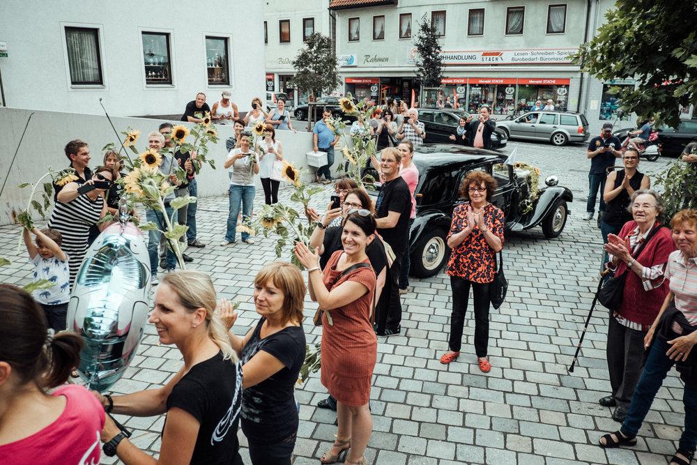 Hochzeitsfoto-Hochzeitsreportage-Neustadt bei Coburg-Oberfranken-Bayern-Hochzeitsfotograf-Kevin Biberbach-KEVIN Fotografie-Fujifilm-Hochzeitswahn-043.jpg
