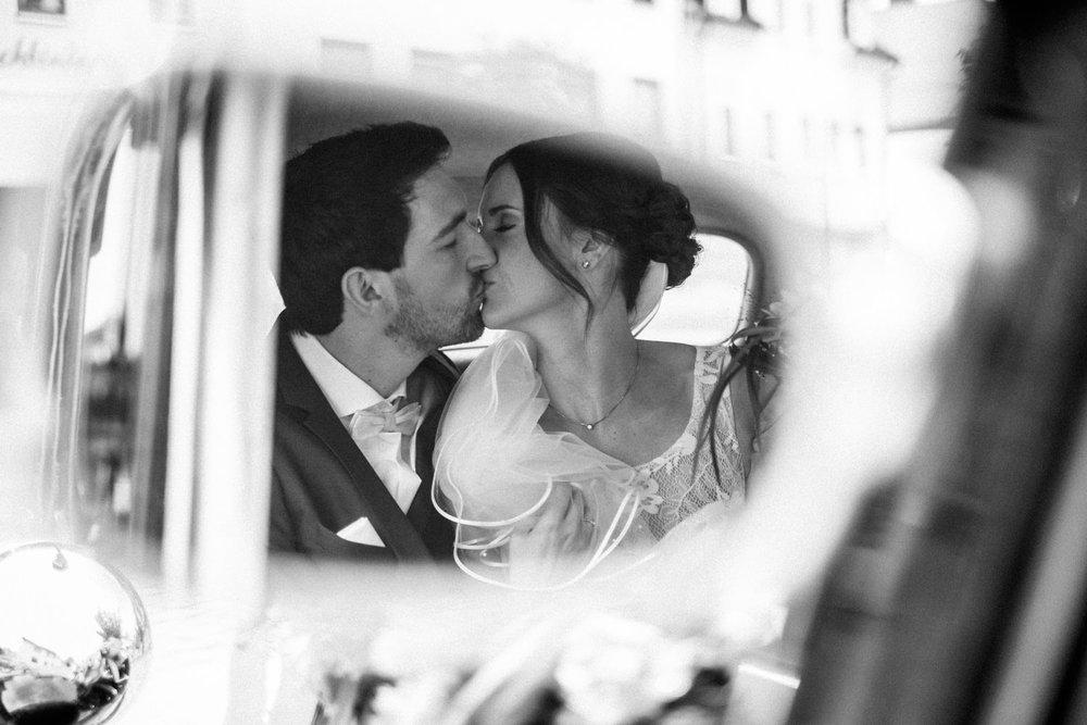 Hochzeitsfoto-Hochzeitsreportage-Neustadt bei Coburg-Oberfranken-Bayern-Hochzeitsfotograf-Kevin Biberbach-KEVIN Fotografie-Fujifilm-Hochzeitswahn-053.jpg