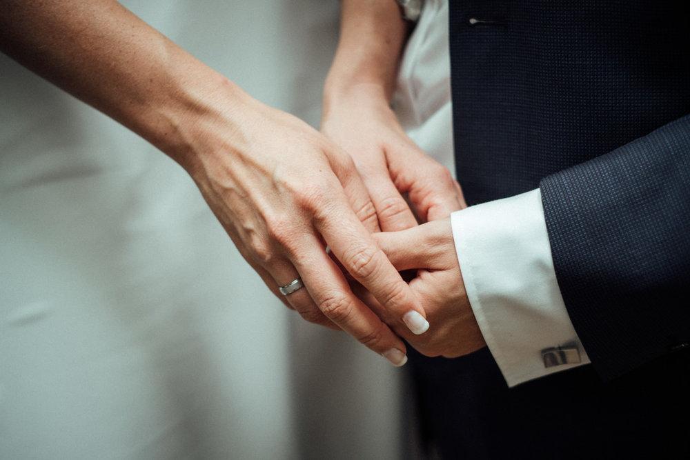 Hochzeitsfoto-Hochzeitsreportage-Neustadt bei Coburg-Oberfranken-Bayern-Hochzeitsfotograf-Kevin Biberbach-KEVIN Fotografie-Fujifilm-Hochzeitswahn-070.jpg