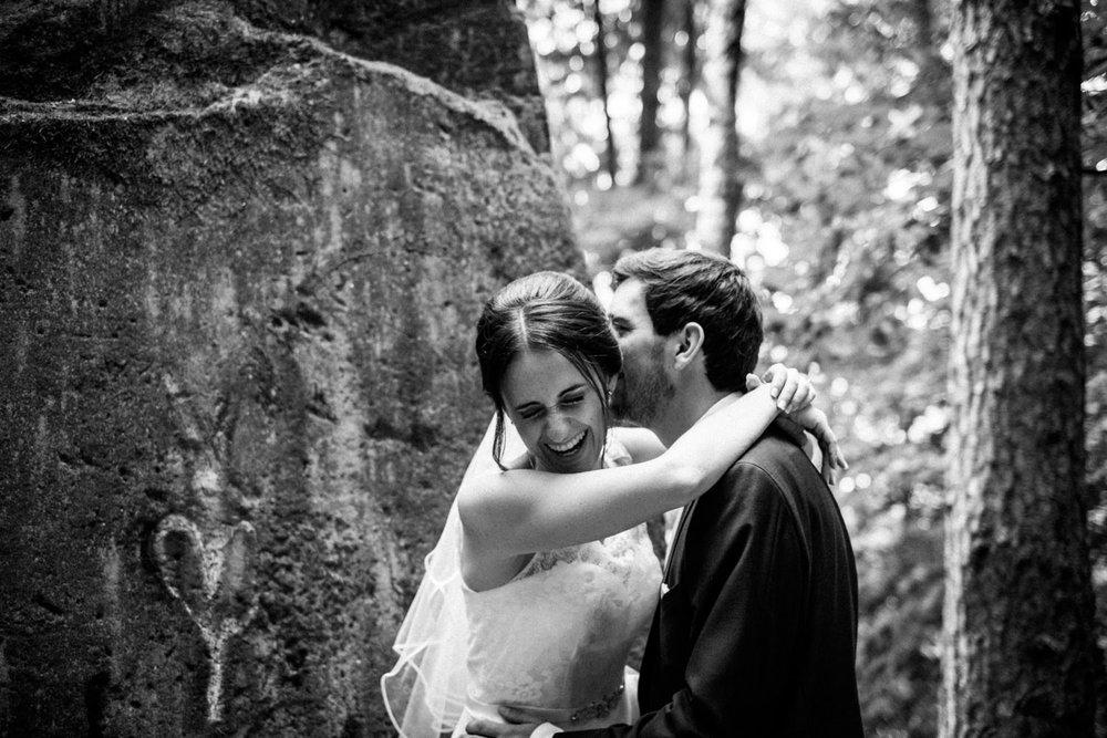 Hochzeitsfoto-Hochzeitsreportage-Neustadt bei Coburg-Oberfranken-Bayern-Hochzeitsfotograf-Kevin Biberbach-KEVIN Fotografie-Fujifilm-Hochzeitswahn-073.jpg
