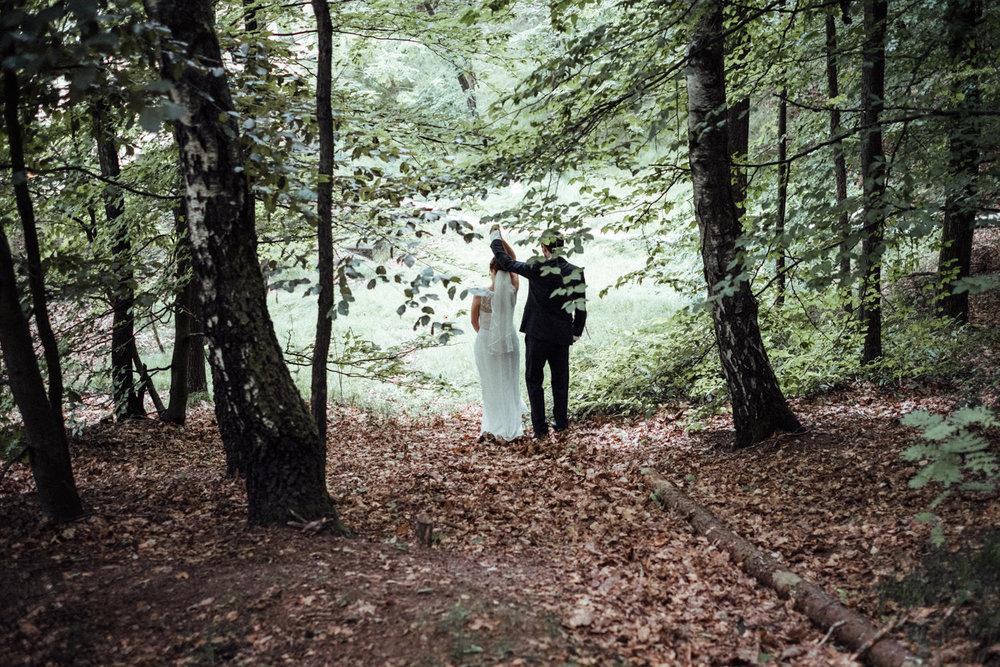 Hochzeitsfoto-Hochzeitsreportage-Neustadt bei Coburg-Oberfranken-Bayern-Hochzeitsfotograf-Kevin Biberbach-KEVIN Fotografie-Fujifilm-Hochzeitswahn-074.jpg
