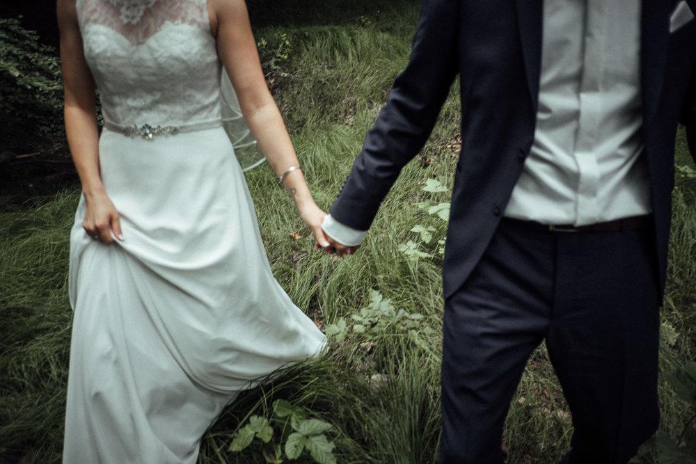 Hochzeitsfoto-Hochzeitsreportage-Neustadt bei Coburg-Oberfranken-Bayern-Hochzeitsfotograf-Kevin Biberbach-KEVIN Fotografie-Fujifilm-Hochzeitswahn-086.jpg