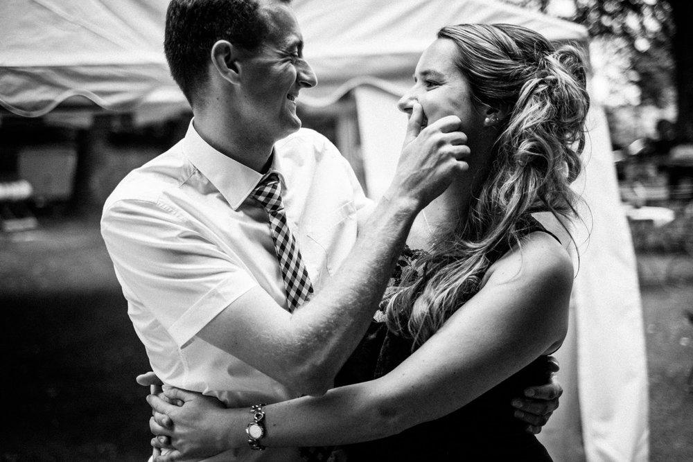 Hochzeitsfoto-Hochzeitsreportage-Neustadt bei Coburg-Oberfranken-Bayern-Hochzeitsfotograf-Kevin Biberbach-KEVIN Fotografie-Fujifilm-Hochzeitswahn-102.jpg
