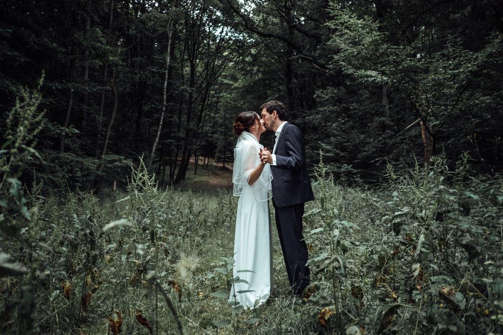 Hochzeitsfoto-Hochzeitsreportage-Neustadt bei Coburg-Oberfranken-Bayern-Hochzeitsfotograf-Kevin Biberbach-KEVIN Fotografie-Fujifilm-Hochzeitswahn-110.jpg