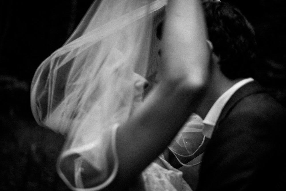 Hochzeitsfoto-Hochzeitsreportage-Neustadt bei Coburg-Oberfranken-Bayern-Hochzeitsfotograf-Kevin Biberbach-KEVIN Fotografie-Fujifilm-Hochzeitswahn-111.jpg