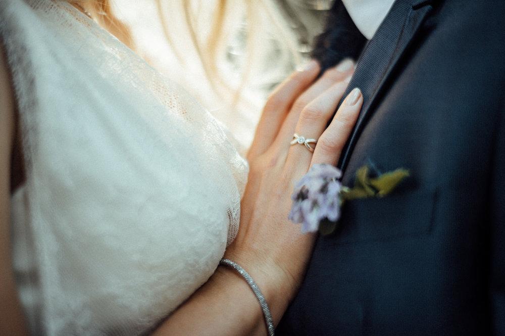 Elopement-After Wedding Shooting-Hochzeitsreportage-Böhmische Schweiz-Sächsische Schweiz-Inspiration-Hochzeitsfotograf-Aachen-Kevin Biberbach-KEVIN Fotografie-Fujifilm-Hochzeitswahn-Hochzeit-02.jpg
