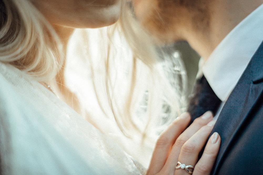 Elopement-After Wedding Shooting-Hochzeitsreportage-Böhmische Schweiz-Sächsische Schweiz-Inspiration-Hochzeitsfotograf-Aachen-Kevin Biberbach-KEVIN Fotografie-Fujifilm-Hochzeitswahn-Hochzeit-03.jpg