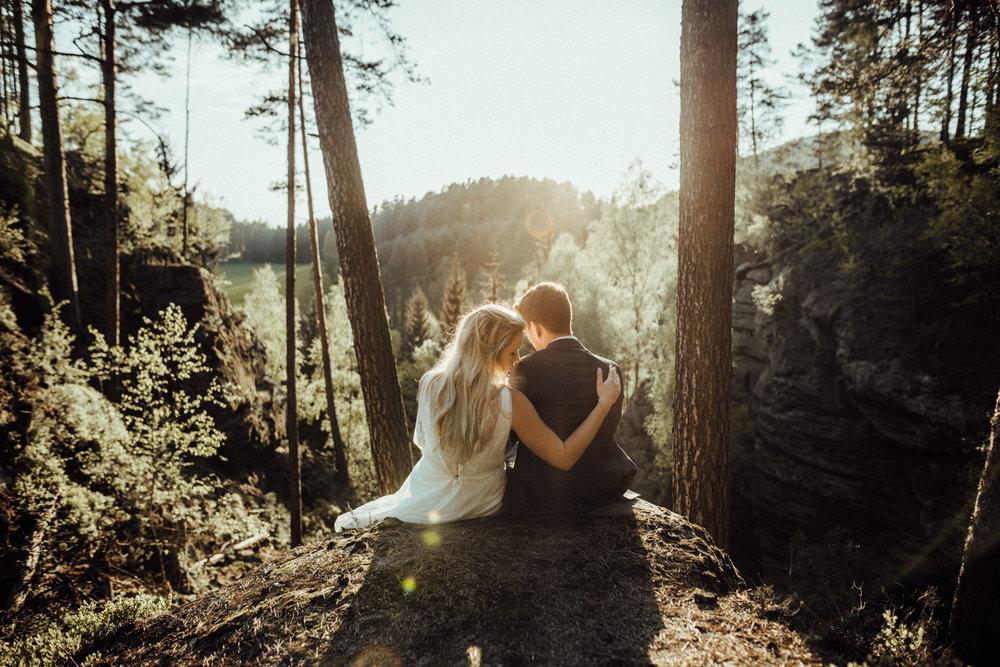 Elopement-After Wedding Shooting-Hochzeitsreportage-Böhmische Schweiz-Sächsische Schweiz-Inspiration-Hochzeitsfotograf-Aachen-Kevin Biberbach-KEVIN Fotografie-Fujifilm-Hochzeitswahn-Hochzeit-58.jpg