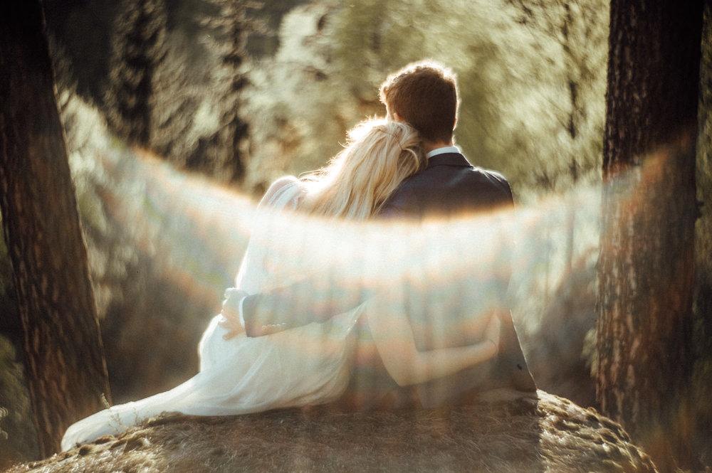 Elopement-After Wedding Shooting-Hochzeitsreportage-Böhmische Schweiz-Sächsische Schweiz-Inspiration-Hochzeitsfotograf-Aachen-Kevin Biberbach-KEVIN Fotografie-Fujifilm-Hochzeitswahn-Hochzeit-59.jpg