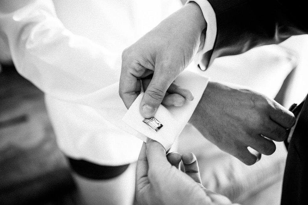 Hochzeitsfotograf-Hochzeitsreportage-Neustadt bei Coburg-Oberfranken-Bayern-Staffelstein-Banzer Wald-Kevin Biberbach-KEVIN Fotografie-Fujifilm-Schlosskirche Ehrenburg-Coburg-005.jpg