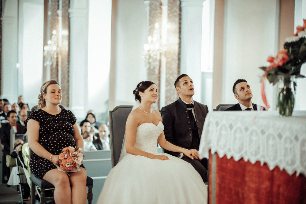 Hochzeitsfotograf-Hochzeitsreportage-Neustadt bei Coburg-Oberfranken-Bayern-Staffelstein-Banzer Wald-Kevin Biberbach-KEVIN Fotografie-Fujifilm-Schlosskirche Ehrenburg-Coburg-071.jpg