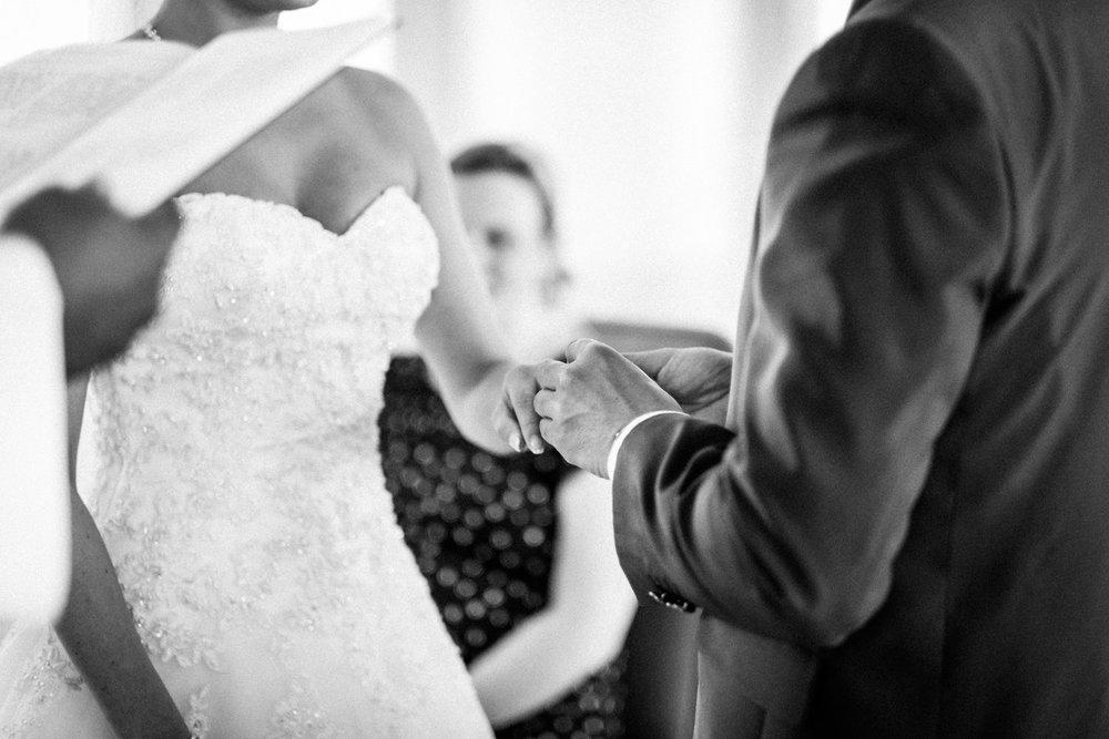 Hochzeitsfotograf-Hochzeitsreportage-Neustadt bei Coburg-Oberfranken-Bayern-Staffelstein-Banzer Wald-Kevin Biberbach-KEVIN Fotografie-Fujifilm-Schlosskirche Ehrenburg-Coburg-075.jpg