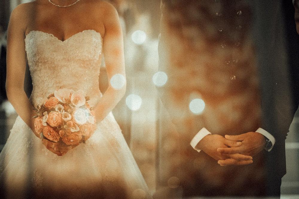 Hochzeitsfotograf-Hochzeitsreportage-Neustadt bei Coburg-Oberfranken-Bayern-Staffelstein-Banzer Wald-Kevin Biberbach-KEVIN Fotografie-Fujifilm-Schlosskirche Ehrenburg-Coburg-081.jpg