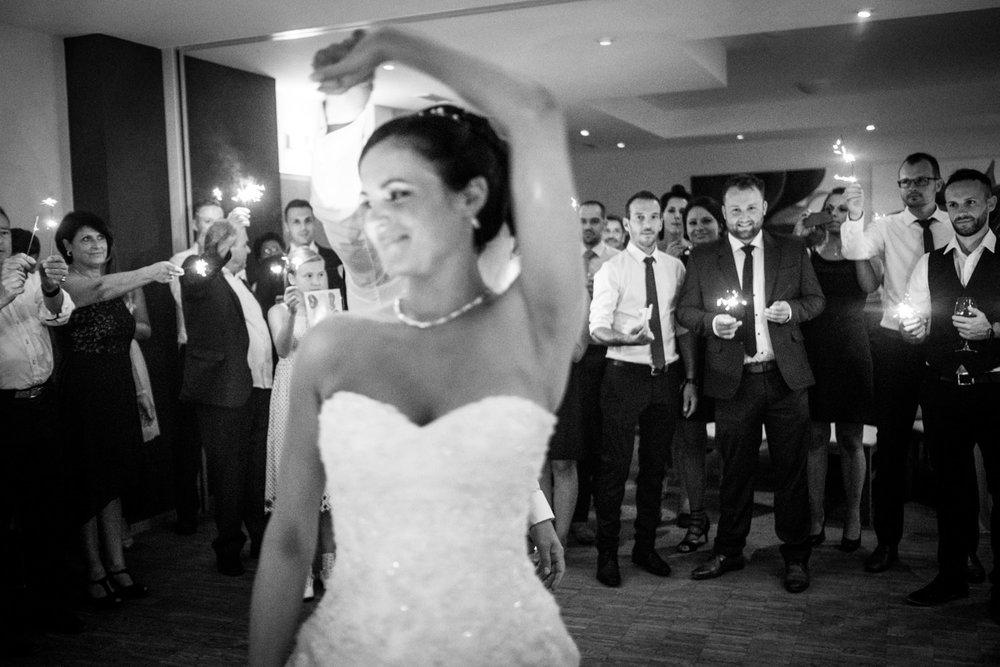 Hochzeitsfotograf-Hochzeitsreportage-Neustadt bei Coburg-Oberfranken-Bayern-Staffelstein-Banzer Wald-Kevin Biberbach-KEVIN Fotografie-Fujifilm-Schlosskirche Ehrenburg-Coburg-131.jpg