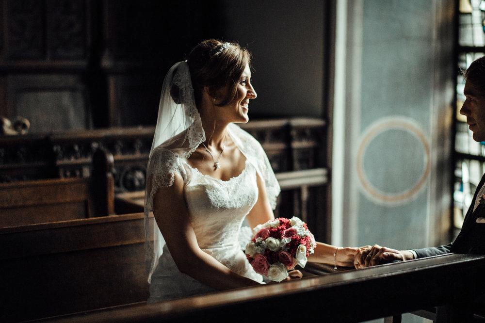 Hochzeit-Aachen-Köln-NRW-Hochzeitsfotograf-Coburg-Hochzeitsfoto-Paarshooting-Fine Art-Alternative-Hochzeitsfotografie-Deutschland.jpg
