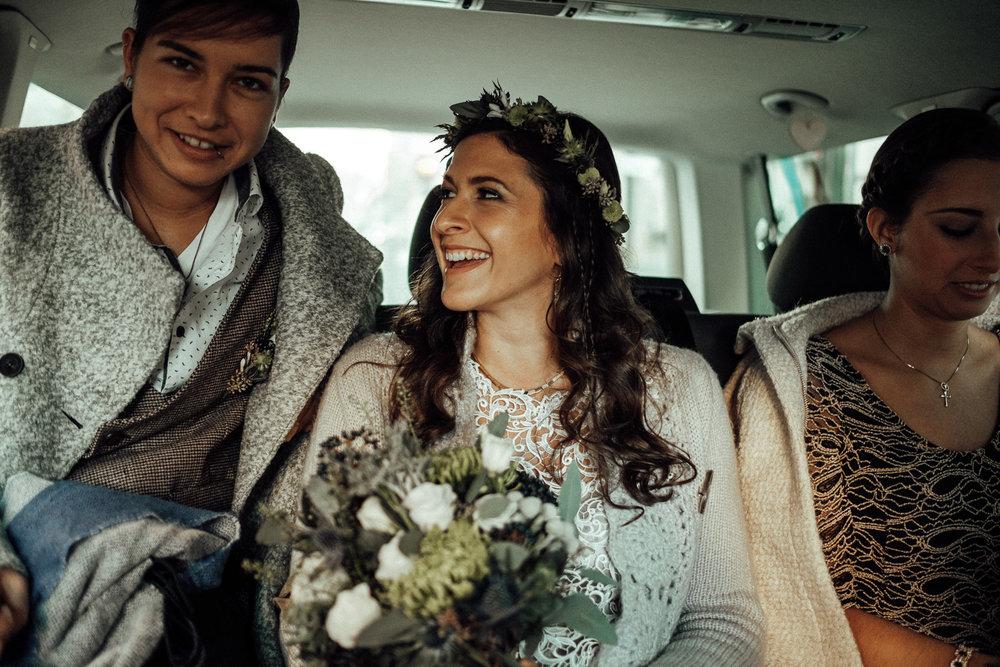 Hochzeitsfotos-Aachen-Hochzeitsfotograf-Aachen-Köln-NRW-Bonn-Top-Hochzeitsfotografen-Reportage-Gleichgeschlechtlich-Winterhochzeit-Kevin Biberbach-KEVIN Fotografie-040.jpg