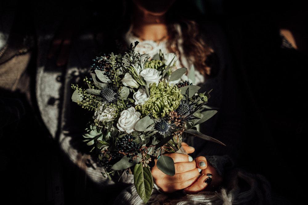 Hochzeitsfotos-Aachen-Hochzeitsfotograf-Aachen-Köln-NRW-Bonn-Top-Hochzeitsfotografen-Reportage-Gleichgeschlechtlich-Winterhochzeit-Kevin Biberbach-KEVIN Fotografie-041.jpg