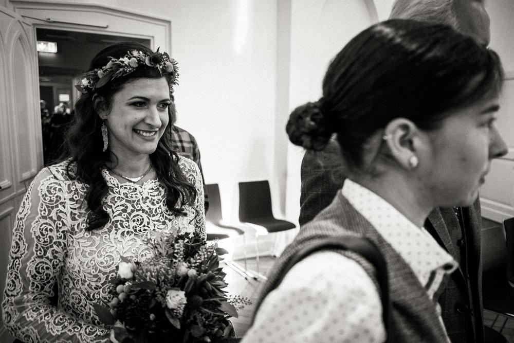 Hochzeitsfotos-Aachen-Hochzeitsfotograf-Aachen-Köln-NRW-Bonn-Top-Hochzeitsfotografen-Reportage-Gleichgeschlechtlich-Winterhochzeit-Kevin Biberbach-KEVIN Fotografie-046.jpg