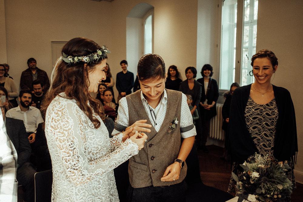 Hochzeitsfotos-Aachen-Hochzeitsfotograf-Aachen-Köln-NRW-Bonn-Top-Hochzeitsfotografen-Reportage-Gleichgeschlechtlich-Winterhochzeit-Kevin Biberbach-KEVIN Fotografie-064.jpg