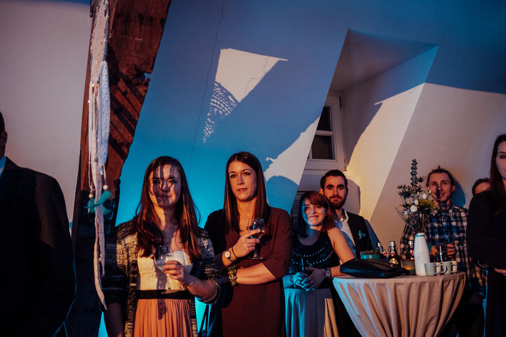 Hochzeitsfotos-Aachen-Hochzeitsfotograf-Aachen-Köln-NRW-Bonn-Top-Hochzeitsfotografen-Reportage-Gleichgeschlechtlich-Winterhochzeit-Kevin Biberbach-KEVIN Fotografie-179.jpg