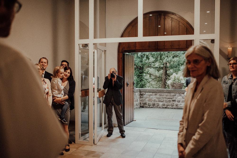 Hochzeitsfotos NRW-Hochzeitsfotograf NRW-Hochzeitsreportage-Lousberg Aachen-Sommerhochzeit-Kevin Biberbach-KEVIN - Fotografie-053.jpg