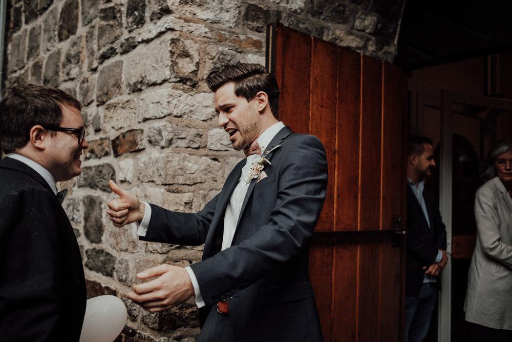 Hochzeitsfotos NRW-Hochzeitsfotograf NRW-Hochzeitsreportage-Lousberg Aachen-Sommerhochzeit-Kevin Biberbach-KEVIN - Fotografie-059.jpg