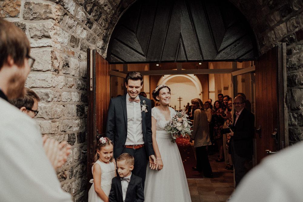 Hochzeitsfotos NRW-Hochzeitsfotograf NRW-Hochzeitsreportage-Lousberg Aachen-Sommerhochzeit-Kevin Biberbach-KEVIN - Fotografie-058.jpg
