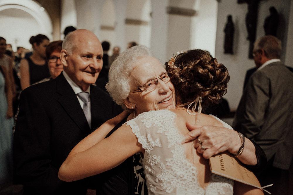 Hochzeitsfotos NRW-Hochzeitsfotograf NRW-Hochzeitsreportage-Lousberg Aachen-Sommerhochzeit-Kevin Biberbach-KEVIN - Fotografie-065.jpg