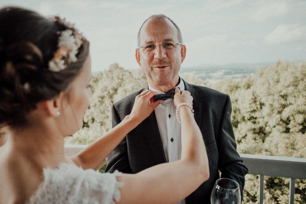 Hochzeitsfotos NRW-Hochzeitsfotograf NRW-Hochzeitsreportage-Lousberg Aachen-Sommerhochzeit-Kevin Biberbach-KEVIN - Fotografie-111.jpg