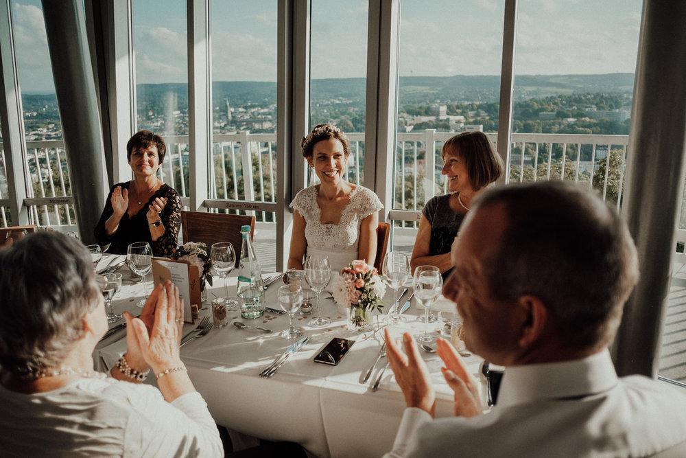 Hochzeitsfotos NRW-Hochzeitsfotograf NRW-Hochzeitsreportage-Lousberg Aachen-Sommerhochzeit-Kevin Biberbach-KEVIN - Fotografie-113.jpg