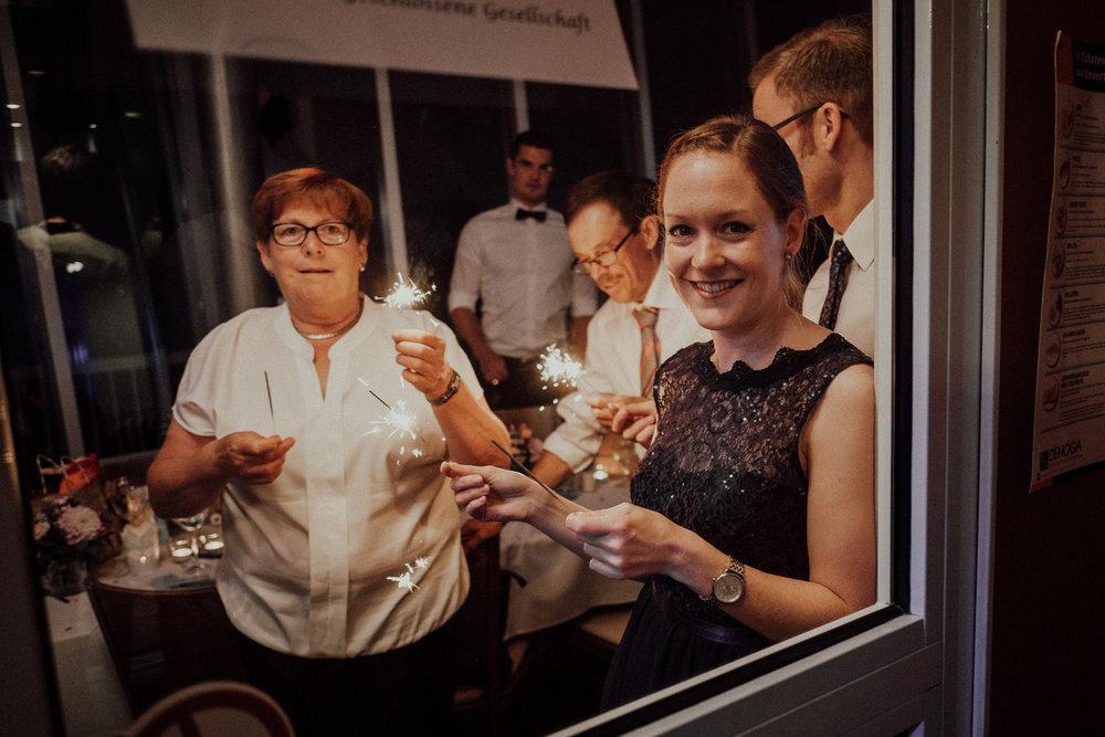 Hochzeitsfotos NRW-Hochzeitsfotograf NRW-Hochzeitsreportage-Lousberg Aachen-Sommerhochzeit-Kevin Biberbach-KEVIN - Fotografie-160.jpg