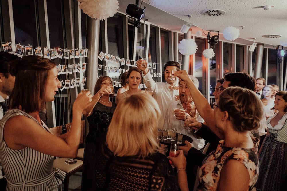Hochzeitsfotos NRW-Hochzeitsfotograf NRW-Hochzeitsreportage-Lousberg Aachen-Sommerhochzeit-Kevin Biberbach-KEVIN - Fotografie-169.jpg