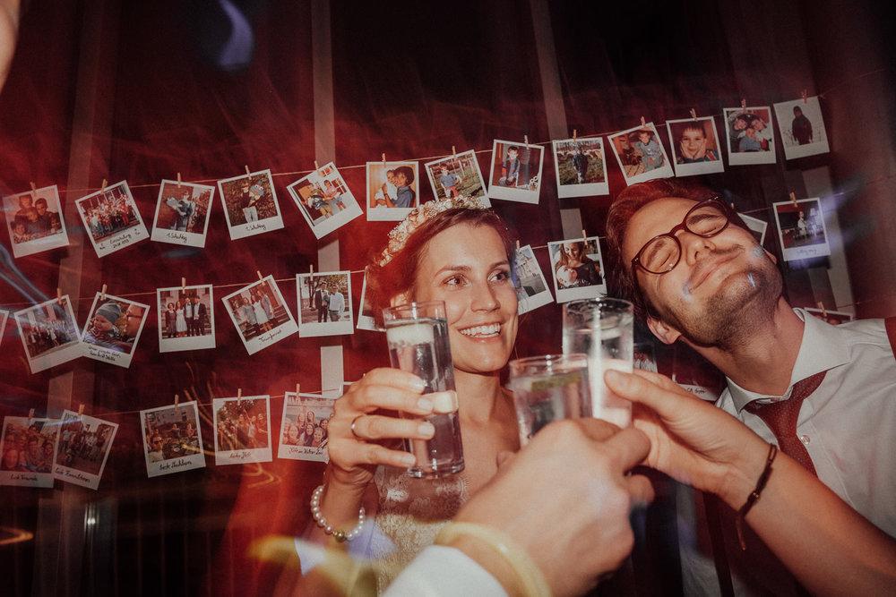 Hochzeitsfotos NRW-Hochzeitsfotograf NRW-Hochzeitsreportage-Lousberg Aachen-Sommerhochzeit-Kevin Biberbach-KEVIN - Fotografie-194.jpg