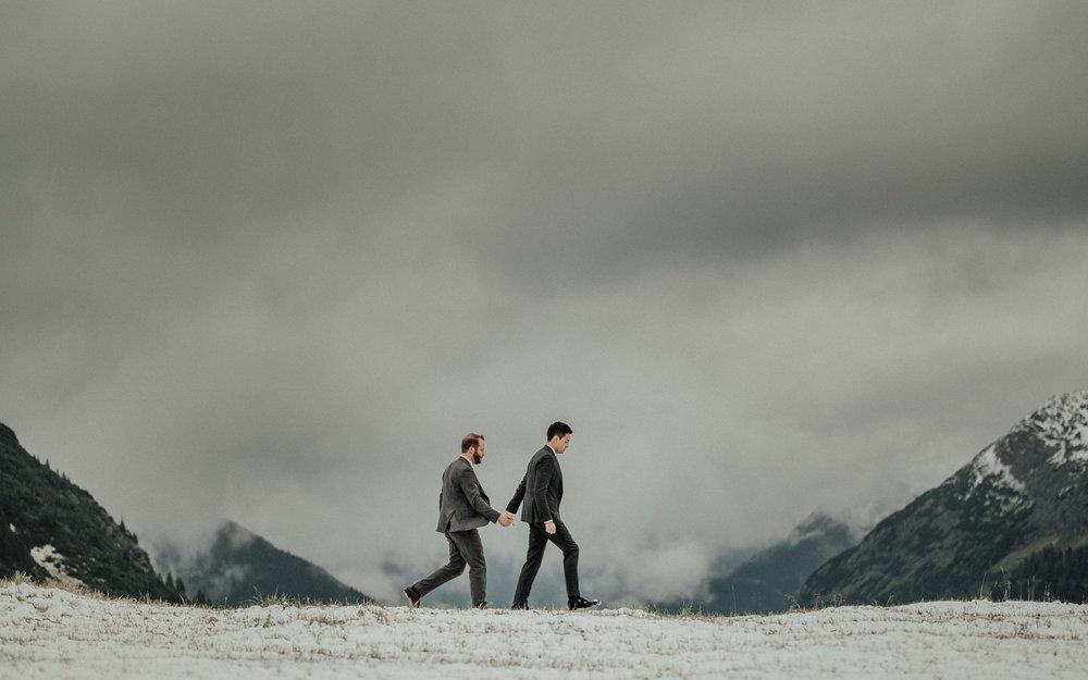Hochzeitsfotos-Hochzeitslocation-Würzburg-Hochzeitsfotograf-Aachen-Köln-NRW-Bonn-Top-Hochzeitsfotografen-Reportage-Storytelling-Preise-Kevin Biberbach-KEVIN Fotografie-12.jpg