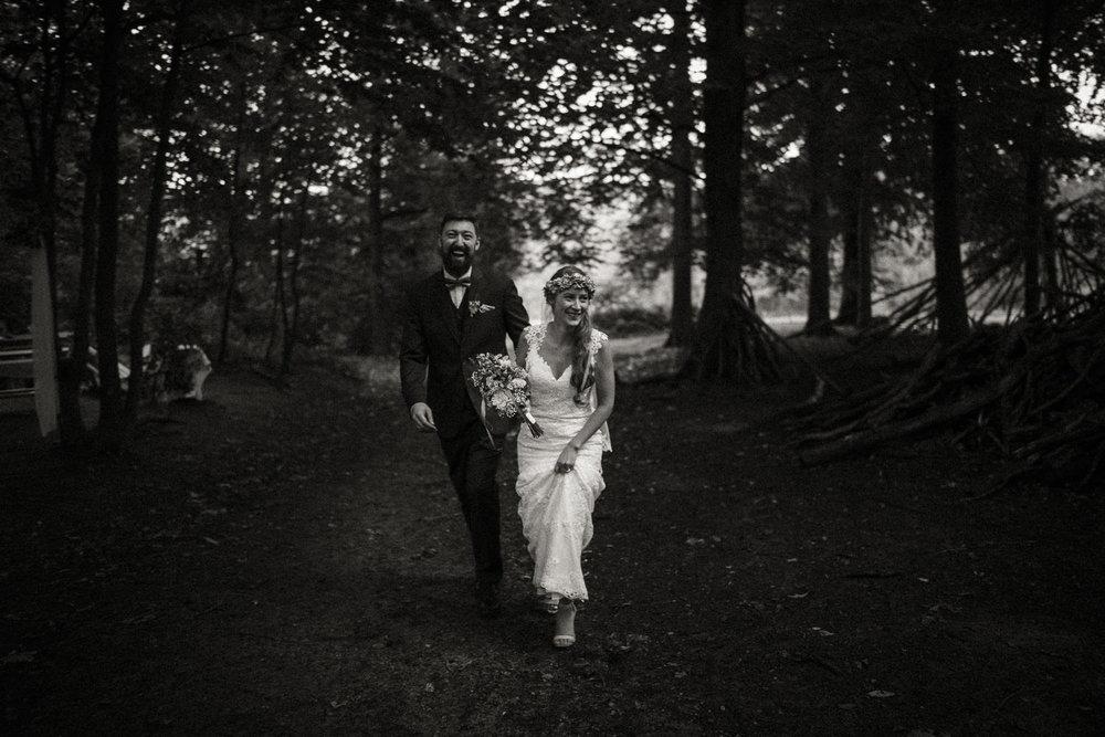 Hochzeitsfotos-Hochzeitslocation-Würzburg-Hochzeitsfotograf-Aachen-Köln-NRW-Bonn-Top-Hochzeitsfotografen-Reportage-Storytelling-Preise-Kevin Biberbach-KEVIN Fotografie-22.jpg