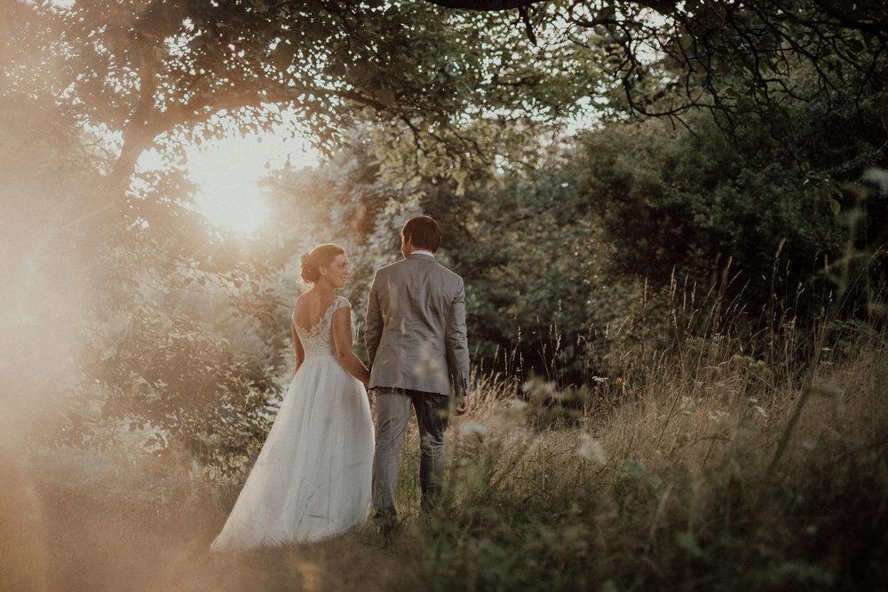 Hochzeitsfotos-Hochzeitslocation-Würzburg-Hochzeitsfotograf-Aachen-Köln-NRW-Bonn-Top-Hochzeitsfotografen-Reportage-Storytelling-Preise-Kevin Biberbach-KEVIN Fotografie-43.jpg