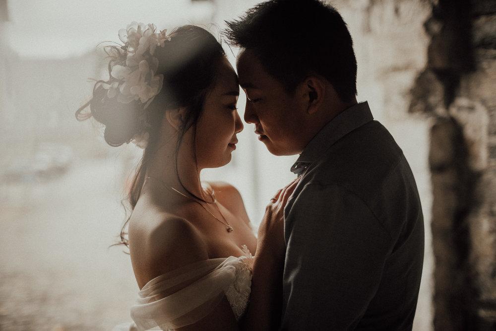 Hochzeitsfotos-Hochzeitslocation-Würzburg-Hochzeitsfotograf-Aachen-Köln-NRW-Bonn-Top-Hochzeitsfotografen-Reportage-Storytelling-Preise-Kevin Biberbach-KEVIN Fotografie-04-2.jpg