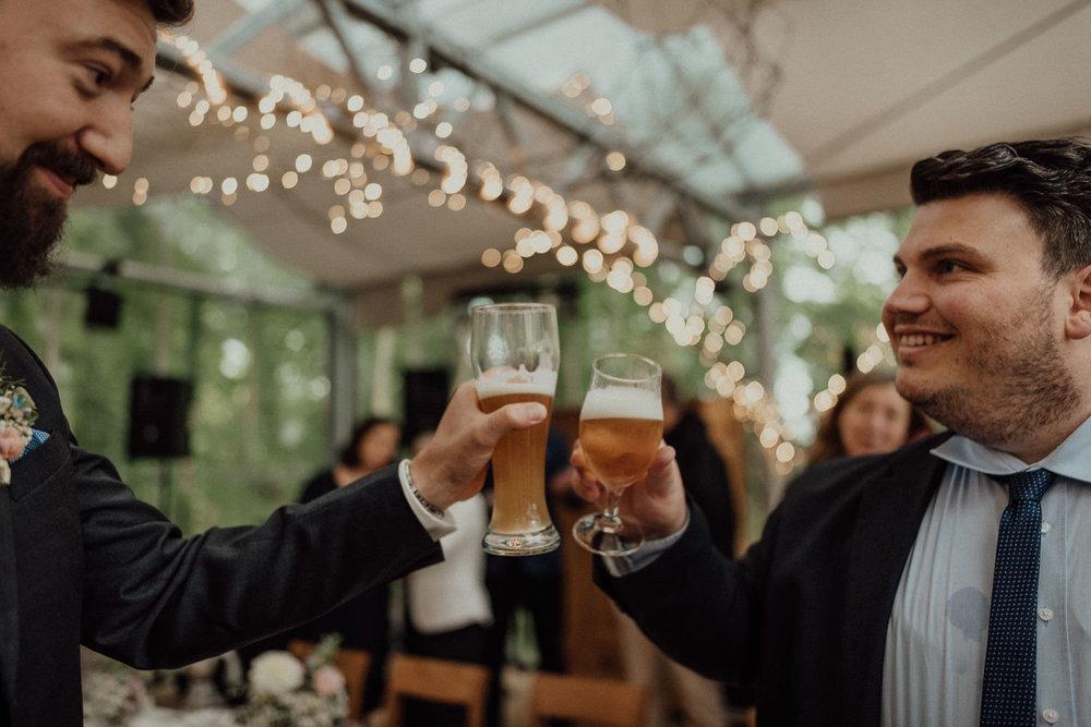 Prost auf die zauberhafte Hochzeit und das wahnsinnig leckere Bier im Lua Pauline im Ruhrgebiet