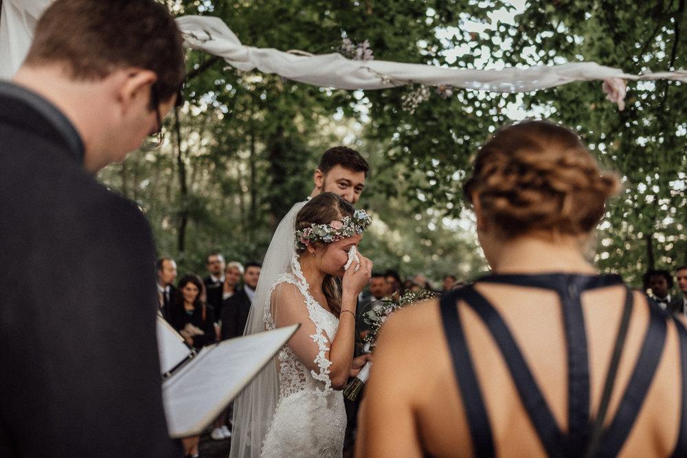 Traumhafte Hochzeit im Freien nahe dem Lua Pauline bei Aachen