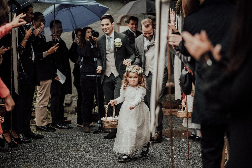 Hochzeitsfotos-Lech am Arlberg-Hochzeitsfotograf-Voralberg-Hochzeitslocation Villa Maund - Hochzeit Aachen Köln NRW Bonn -Hochzeitsfotograf Österreich-Gleichgeschlechtlich-Berghochzeit-Kevin Biberbach-141.jpg
