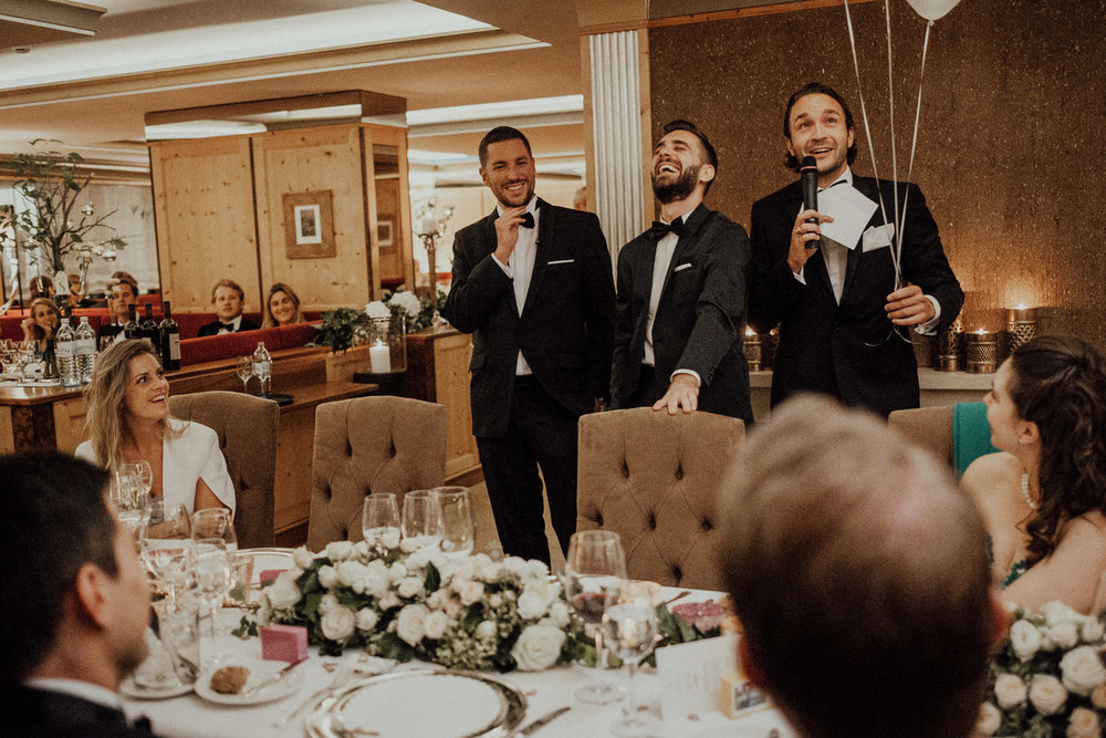 Hochzeitsfotos-Lech am Arlberg-Hochzeitsfotograf-Voralberg-Hochzeitslocation Villa Maund - Hochzeit Aachen Köln NRW Bonn -Hochzeitsfotograf Österreich-Gleichgeschlechtlich-Berghochzeit-Kevin Biberbach-291.jpg