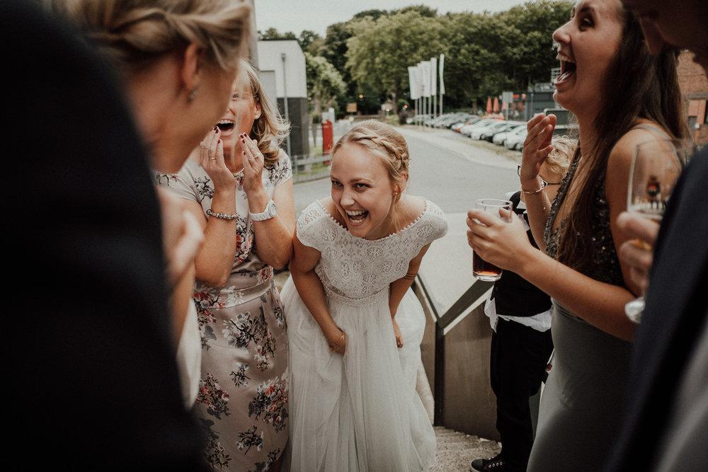 Rangefinder-Rising-Stars-Wedding-Photography-2018-Hochzeitsfotograf-Köln-Kevin-Biberbach-Hochzeitsfoto-Hohchzeitsreportage-Köln-NRW-Bonn-Düsseldorf-Heiraten-in-Köln-Preise-Empfehlung-Fotograf-Ehrenfeld-Hochzeitslocation-22.jpg