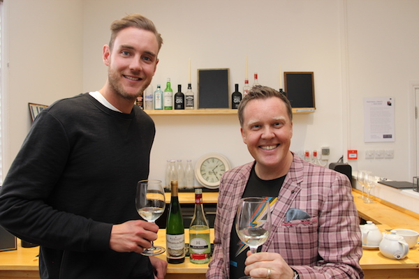 Olly and Stuart Broad.JPG