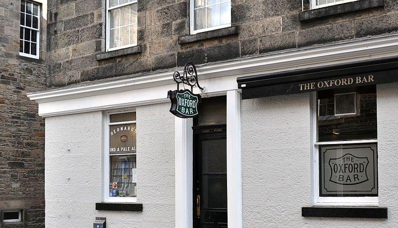 1200px-The_Oxford_Bar,_Edinburgh.jpg